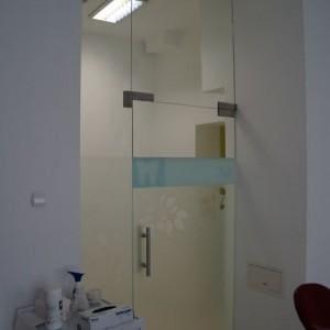 Drzwi szklane gabinet dentystyczny 2