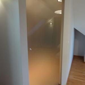 Drzwi szklane mleczne