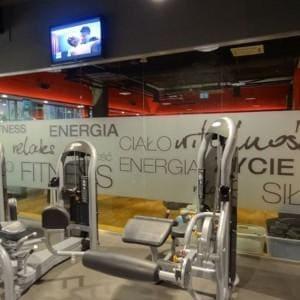 szklane panele w siłowni
